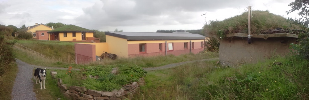 Boghill Cob, rooms, hall and hostel